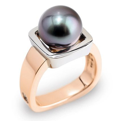 Escapade Black Tahitian Pearl White and Rose Gold Ring